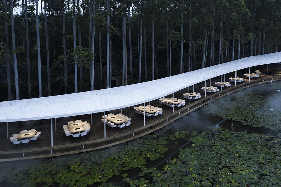 Garden Hotspot Restaurant